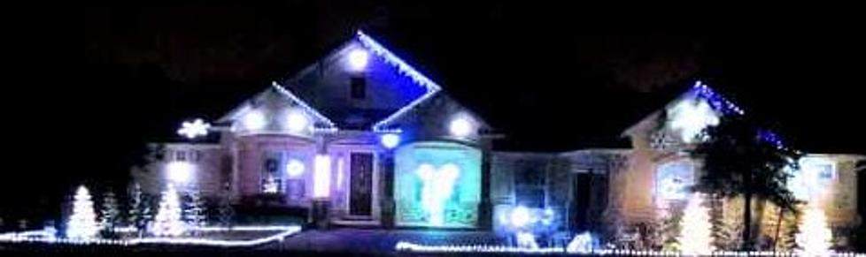 christmas lights synched to angry birds theme video