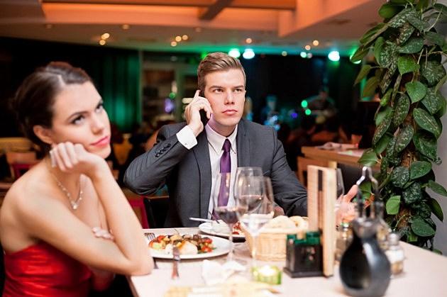Smartphone Dinner