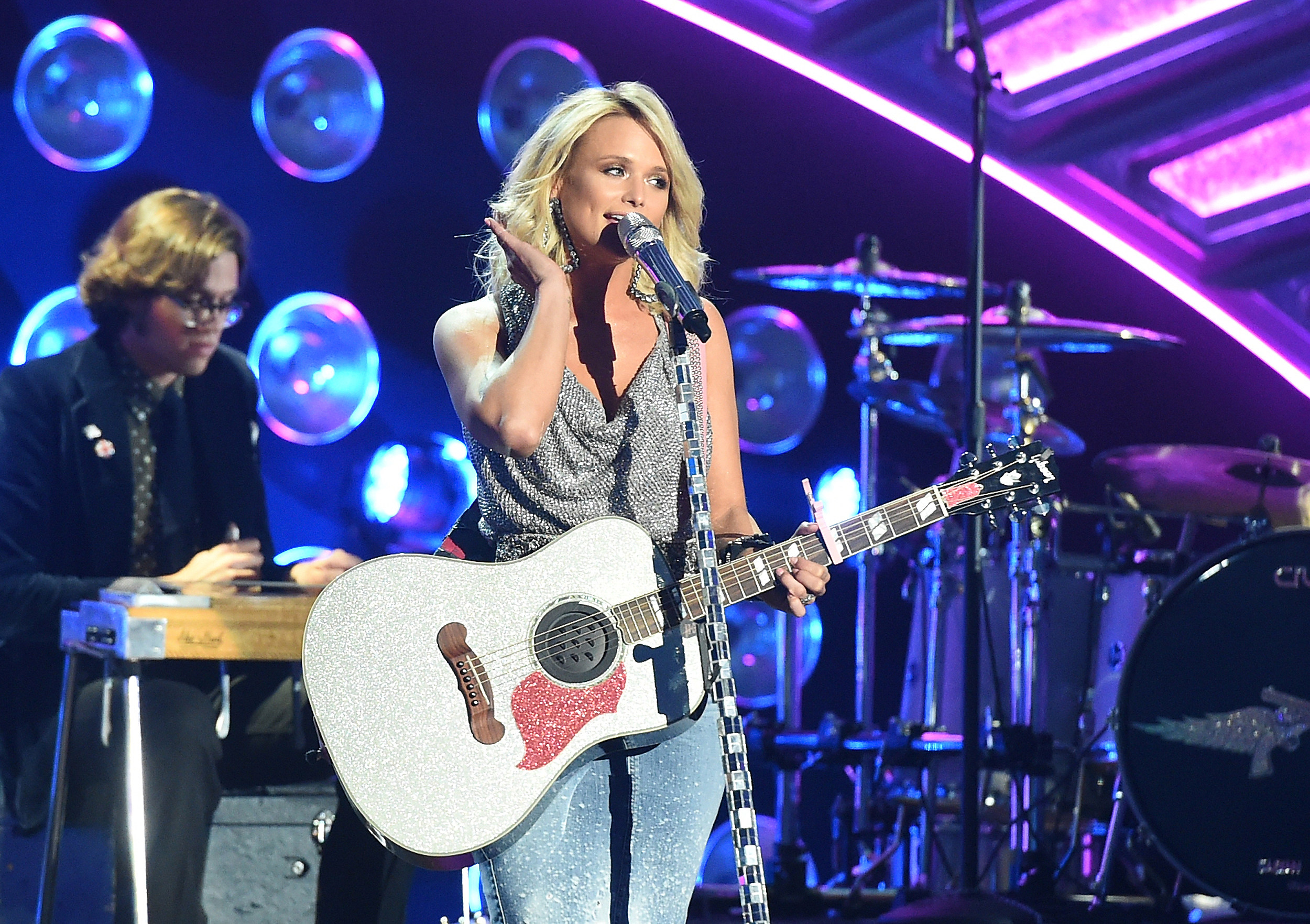 Surprise Someone With Miranda Lambert Front Row Tickets And Meet And